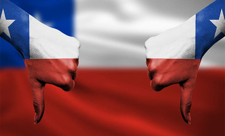 Milagro laboral chileno se hunde ante persistente desaceleración