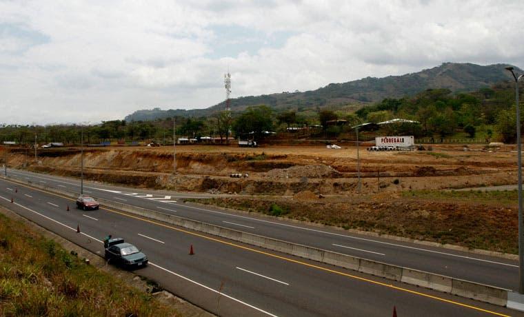 Ruta entre San José y Caldera tiene deterioro en puentes, vía principal y radiales