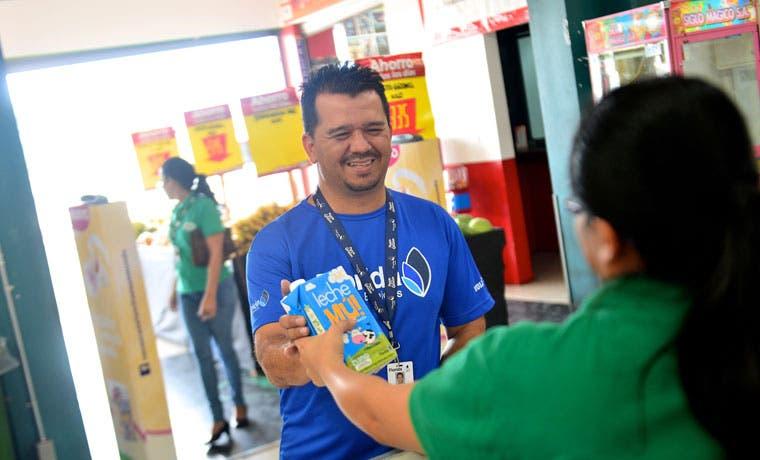Mú! inicia campaña de donación de leche para Banco de Alimentos