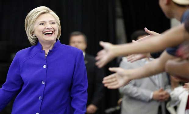 Clinton obtiene la nominación del Partido Demócrata