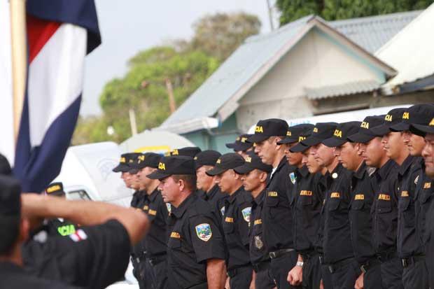 Diputados ven con extrañeza petición del gobierno para crear 2 mil nuevas plazas de policía