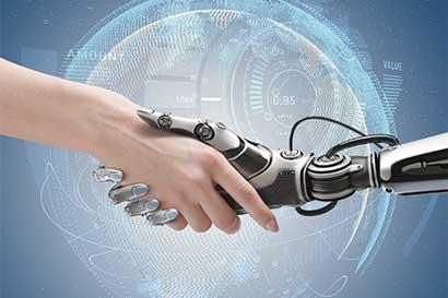 Robots de sushi y máquinas de pizza impulsan automatización