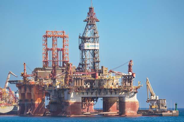 Exejecutivo de Petrobras acusa a Alstom y GE de pagar sobornos