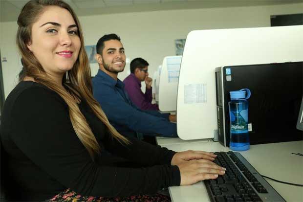 Movistar lanza chat en línea para clientes empresariales