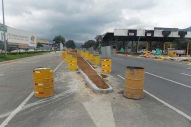 """Nueva """"isla"""" sobre autopista Florencio del Castillo aumentaría riesgo de accidentes"""