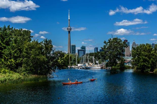 Air Canadá aumentó las frecuencias de su vuelo a Toronto