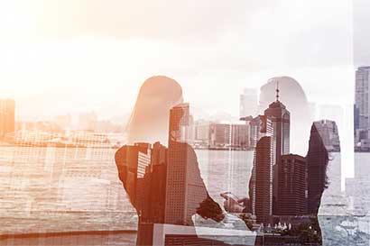 Lento progreso de líderes mujeres en entidades financieras