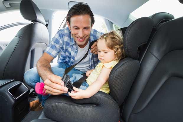 507 conductores multados por llevar niños sin seguridad