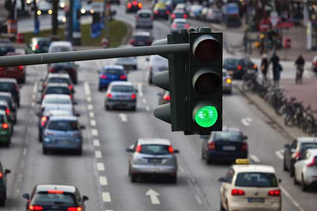 Semáforo en cruce de aeropuerto se colocó por seguridad