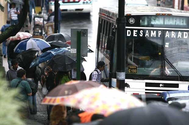 Carriles exclusivos y buses con mayor capacidad evitarían ingreso a San José