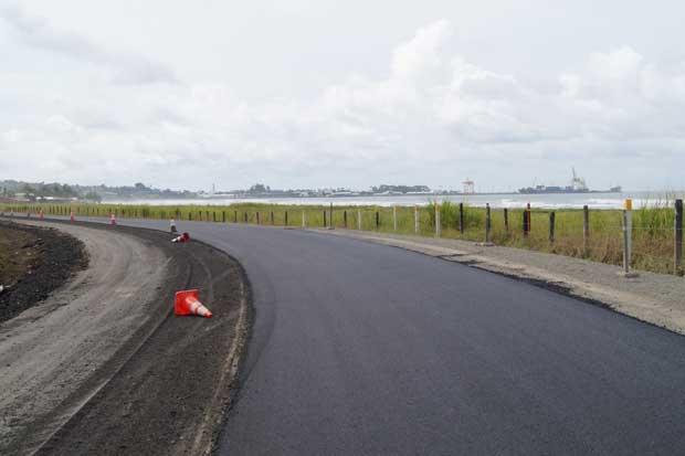 Trabajos entre el aeropuerto de Limón y Río Bananito estarán listos en julio