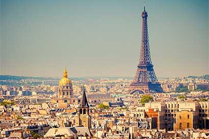 París libra reñida batalla por un aire más limpio