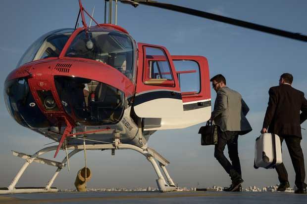 Uber permitirá viajar en helicóptero en Brasil por $63