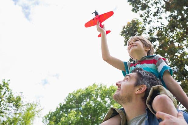 Casi 44 mil personas apoyaron fijar fecha del Día del Padre