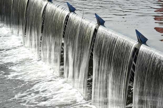"""Expertos debatirán reforma a """"Ley de Aguas"""""""