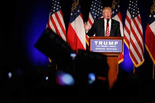 Inversores prefieren a Trump sobre Clinton, según encuesta