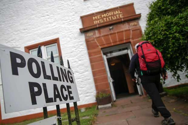 Cierran votaciones de referéndum sobre permanencia de Reino Unido en Unión Europea
