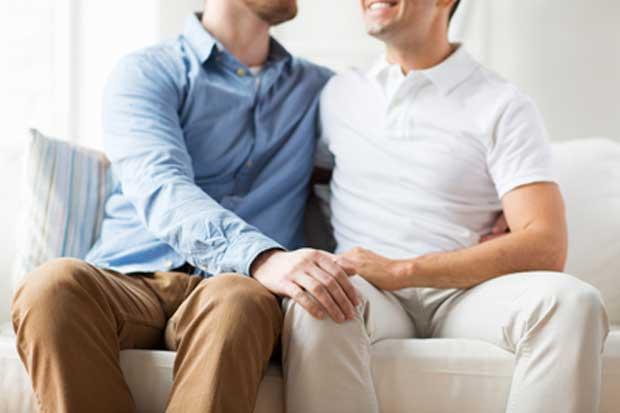 Ministerio de Trabajo extenderá pensión a parejas del mismo sexo