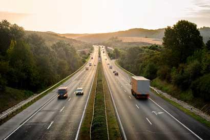 Presentan nueva norma de sistemas de gestión de seguridad vial
