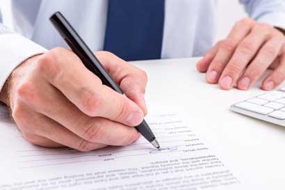 Defensoría solicitó a la Caja informe ante suspensiones de servicios