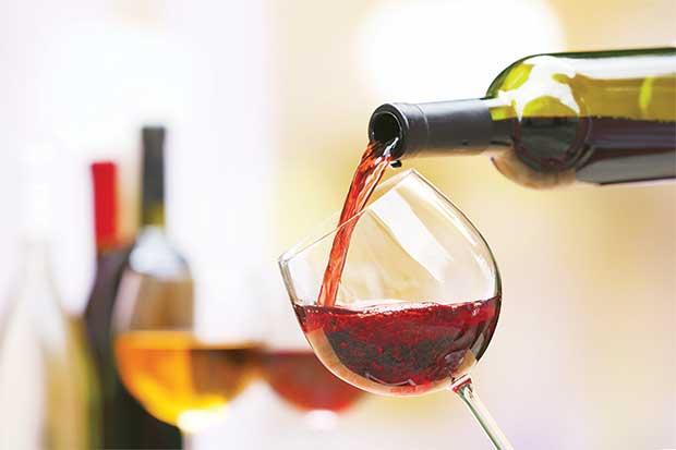 201606281949080.p16-agenda-wine.jpg