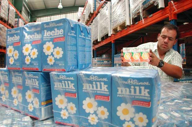 Costa Rica se reunirá con Nicaragua el 8 de julio para solucionar situación de lácteos
