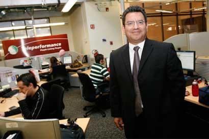 Teleperformance abrirá nuevo centro de operaciones y ofrecerá 200 puestos bilingües