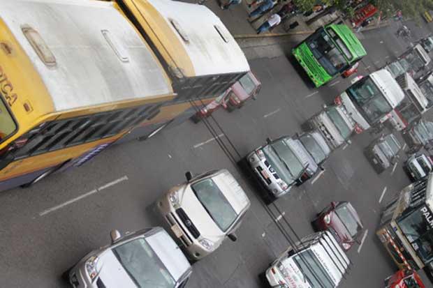Gobierno y transportistas de turismo llegan a acuerdo