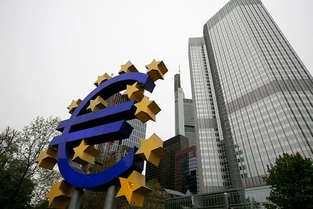 Europa evaluaría flexibilizar reglas de QE al reducirse activos
