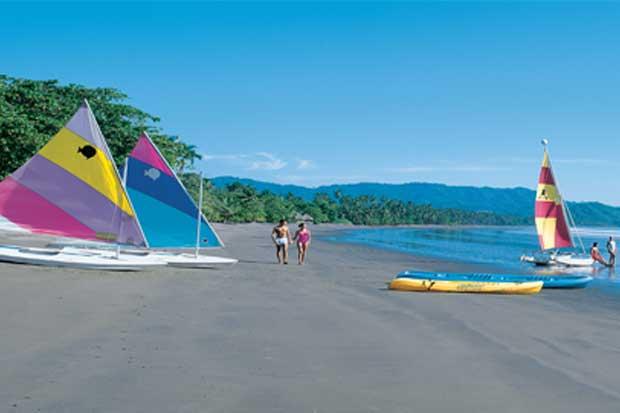 Nature Air lanza promoción de vacaciones a ¢12.900