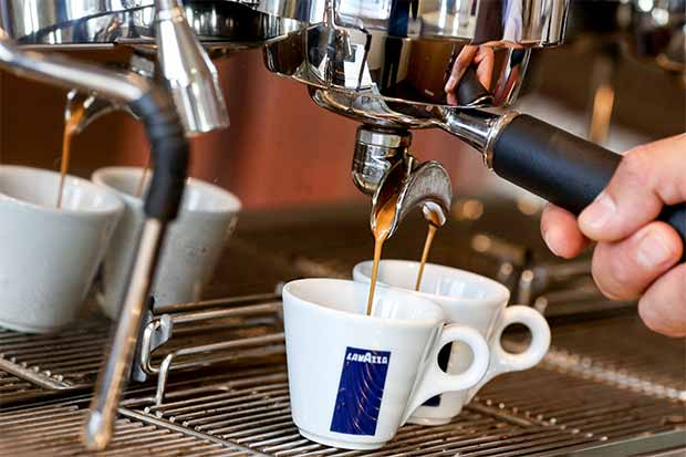 EE.UU. eleva demanda mundial de café a cifras récord