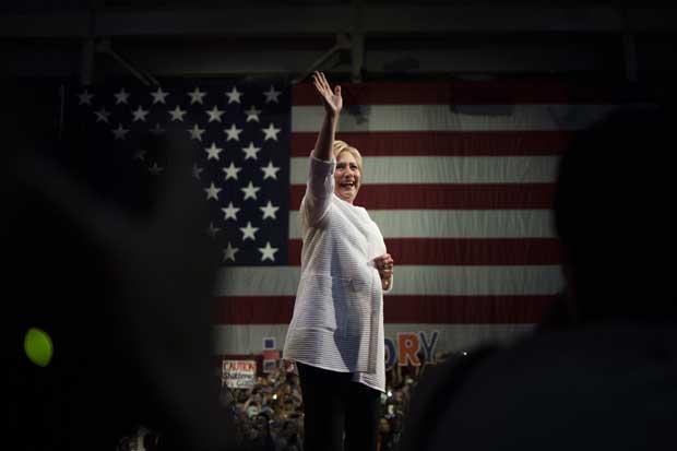 FBI recomendó no presentar cargos contra Hillary Clinton tras caso de correo electrónico