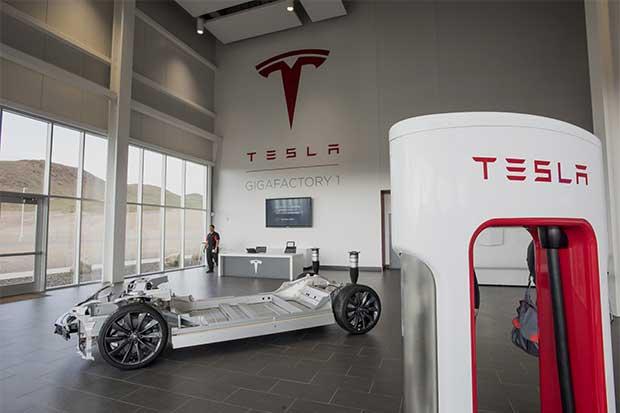 Tesla Motors incumple con entregas del segundo trimestre