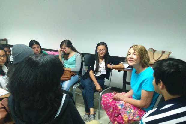 Jóvenes becados mejorarán su nivel de inglés en JumpStar