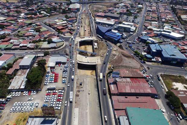 Cuatro carriles de viaducto de Paso Ancho estarán habitados este fin de semana