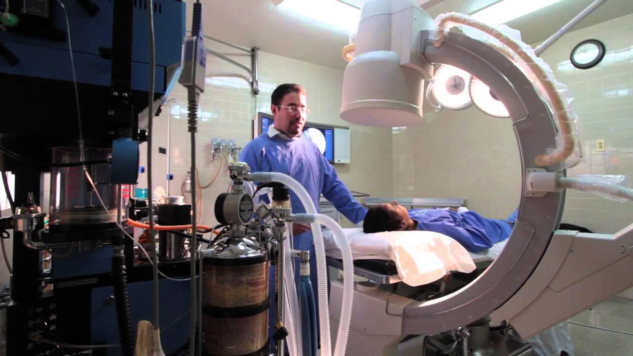 Caja equipa hospitales para mejorar respuesta quirúrgica