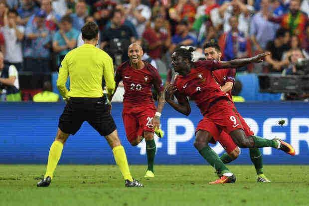 Portugal, sin Ronaldo, vence a Francia y gana la Euro