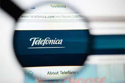 Telefónica vende parte de Unicom en China para reducir deuda