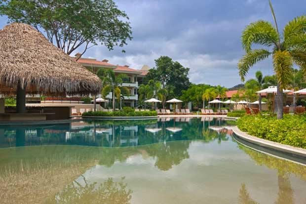"""Declaran al Westin Playa Conchal como primer hotel """"Carbono Positivo"""""""