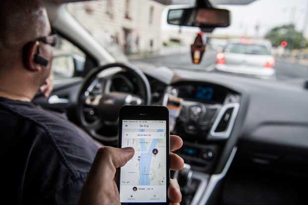 Uber suspenderá operaciones en Hungría tras bloqueo de aplicación