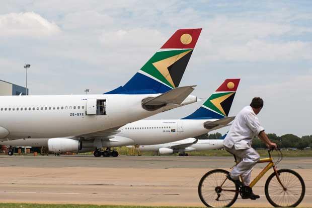 Aerolínea sudafricana vuela por primera vez con combustible de tabaco