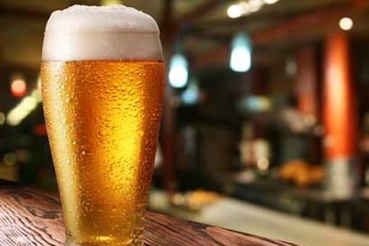 Pago de licencia de licores se ajustará según ingresos