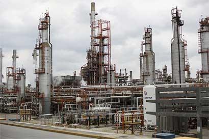 Productores de petróleo se preparan para nueva depresión