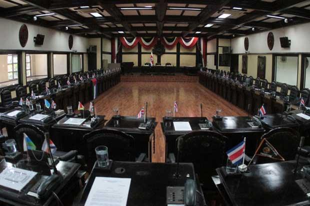 Asamblea cumplió su labor al controlar pensiones