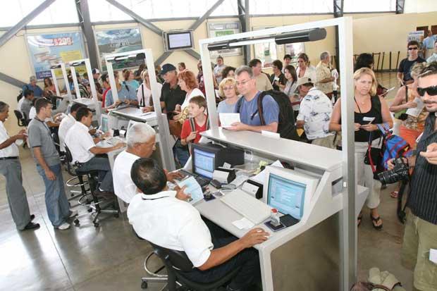 Tráfico de pasajeros en aeropuerto de Liberia aumentó 35%