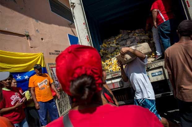 Economía de Venezuela caerá un 10% en 2016, según FMI