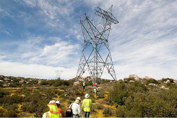 Sempra reduce plan de recompra e invierte en gasoducto mexicano