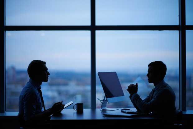 Patronos no pueden realizar convenios de renuncia de feriados, según Código de Trabajo