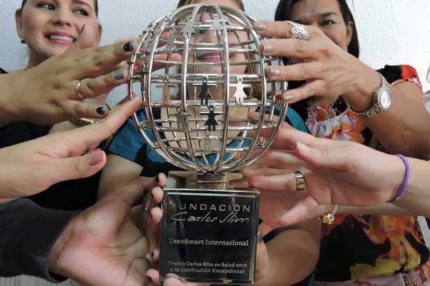 Organización tica gana por primera vez premio a institución excepcional en salud