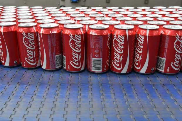 Ventas de Coca Cola bajaron en el extranjero, según analistas